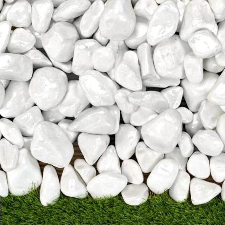 Lakkozott fehér kő 1-3 cm  15 kg ZSÁKOS